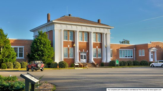 Jimmy Carter National Historic Site : Plains High School Museum and Park Visitor Center