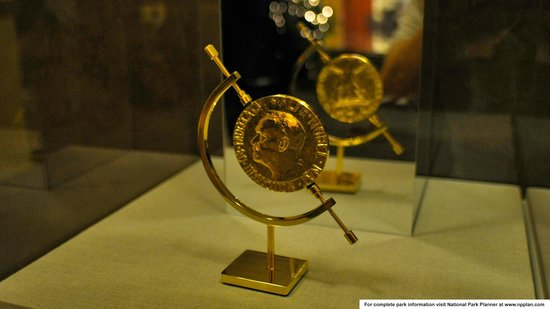 Jimmy Carter National Historic Site : Bronze edition of Carter's Nobel Peace Prize