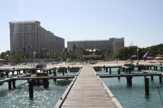 Marriott's Aruba Surf Club: View from the b oat docks towards the surf club