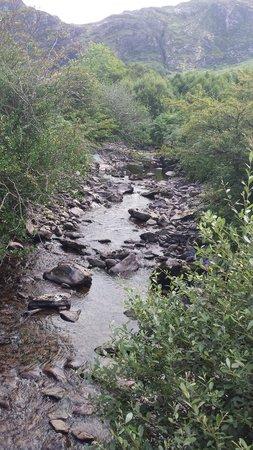 Gleninchaquin: Streams