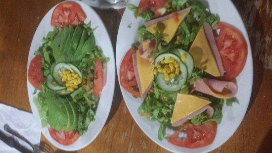 Soda Viquez: House and avocados salad