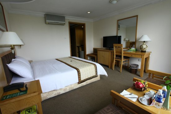 Galaxy Hotel Hanoi: Deluxe room