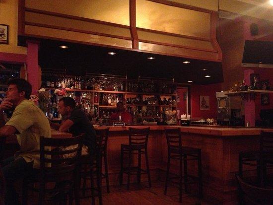 Pablo's Mexican Cuisine: Bar area