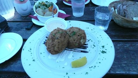 Monks at the Pier: wonderful fish cakes