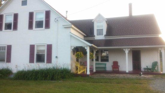 Clayton Farm Bed & Breakfast: the house
