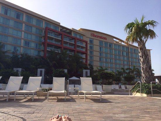 Sheraton Puerto Rico Hotel & Casino: Pool deck