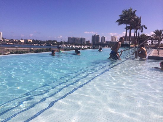 Sheraton Puerto Rico Hotel & Casino: Pool area