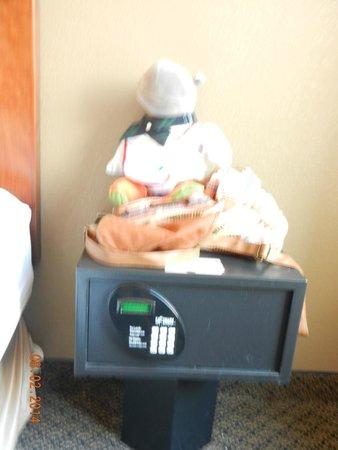 Comfort Inn & Suites : the safe