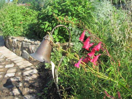 Lake Lure Flowering Bridge : Beautiful grounds
