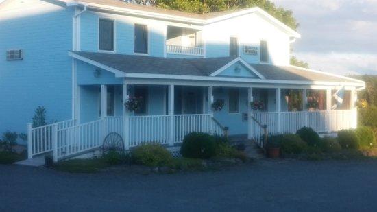 Auld Farm Inn B & B : the house