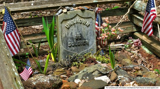 Kennesaw Mountain National Battlefield Park: Grave of the Unknown Soldier
