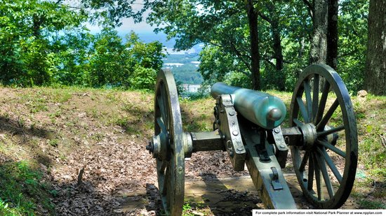 Kennesaw Mountain National Battlefield Park : Cannon atop Kennesaw Mountain