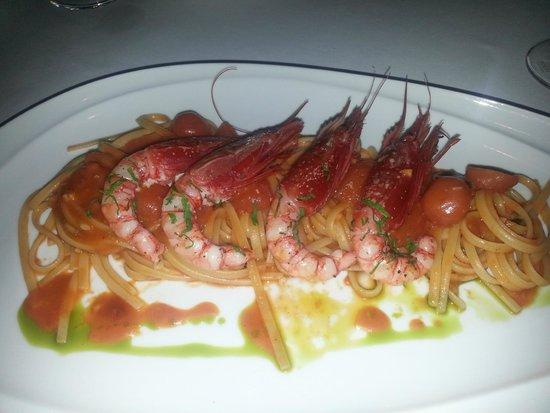 Enoteca Italiana: Italian red sea shrimp pasta w/ red sauce