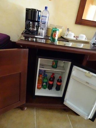 Grand Bahia Principe Coba : mini fridge