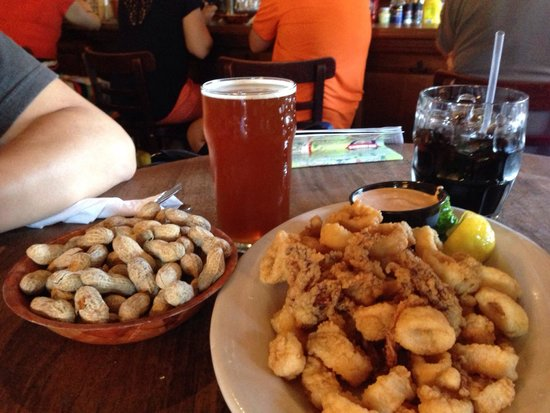 Offshore Ale Company : Delicious calamari!!!  Beer & root beer were great too.