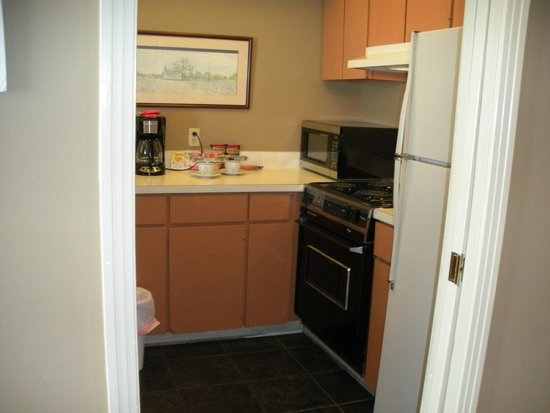Talbot Heirs Guesthouse: Kitchen area - Suite #2