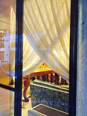 Marcella Royal Hotel: A peek into the hotel