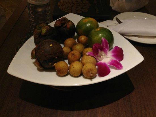 Holiday Inn Resort Phuket : Fruit