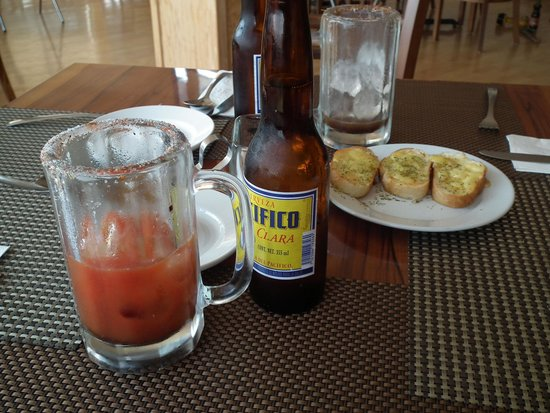 Hotel Guanajuato: Recomendable la bebida y comida del restaurante.
