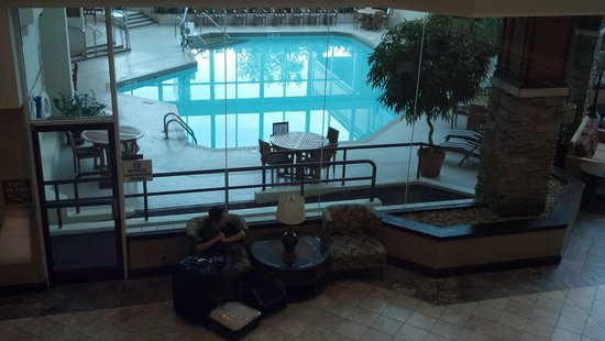 Crowne Plaza Hotel Madison : Pool from 2nd floor