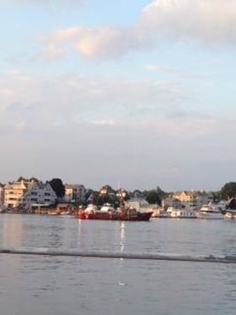 Hampton Inn & Suites Portsmouth Downtown : View from The Oar restaurant deck