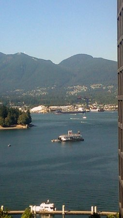 Coast Coal Harbour Hotel: View from 15th Floor facing North