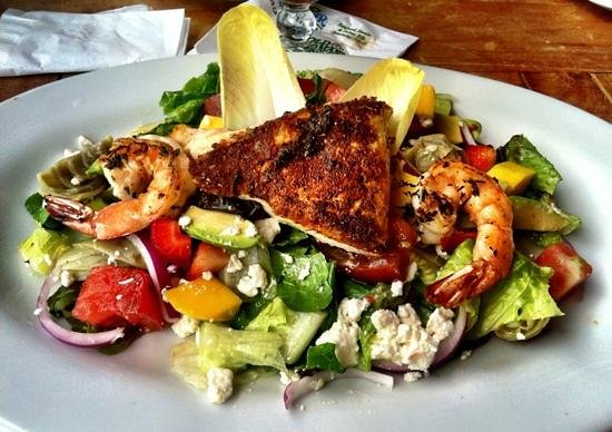 Fish Hopper: Mahi Mahi & Shrimp Salad