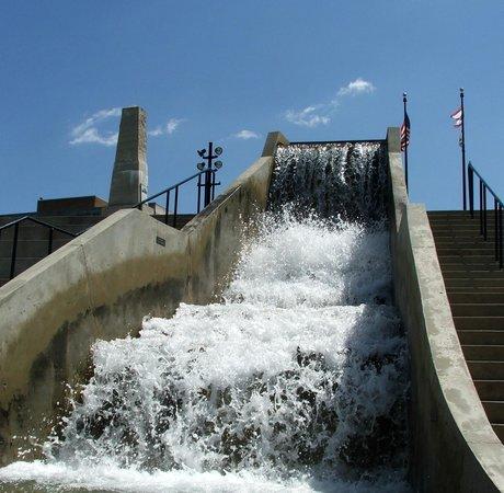 RiverScape MetroPark: WATERFALL SPILLWAY