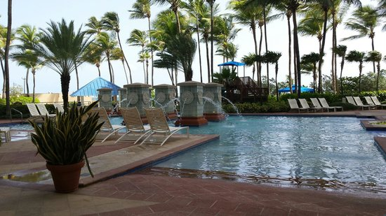 San Juan Marriott Resort & Stellaris Casino: Pretty pools