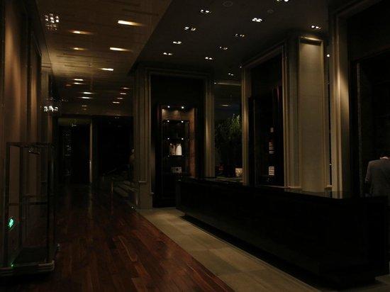 Park Hyatt Shanghai: Lobby