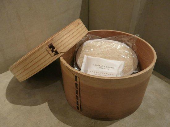Park Hyatt Shanghai: Bamboo basket, not for dim sum?