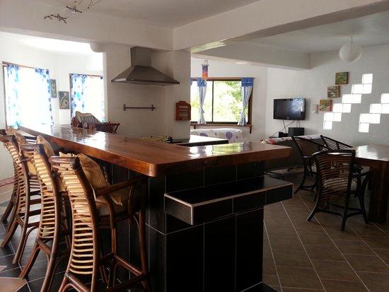 JAYJAYs Club: Living/Kitchen area of 2bedroom suite
