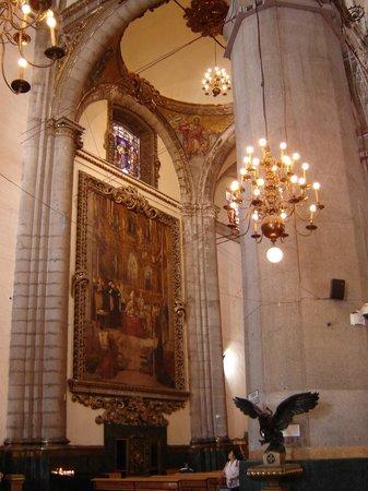 Basilica de Santa Maria de Guadalupe: Aspectos de la antigua basílica