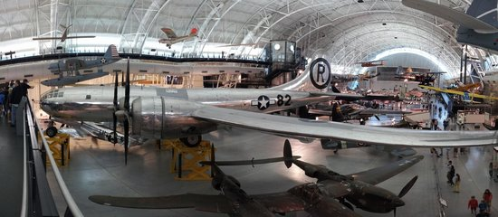 Smithsonian National Air and Space Museum Steven F. Udvar-Hazy Center: Panoramic photo showing the Enola Gay