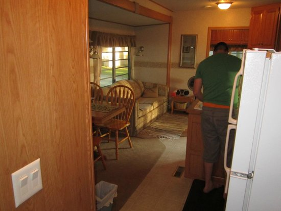 Sandbanks Beach Resort: living quarters