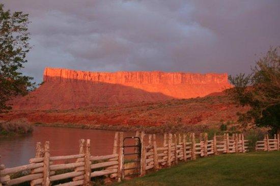 Red Cliffs Lodge : vue de la chambre
