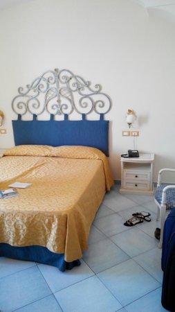 Hotel Nettuno: Bed