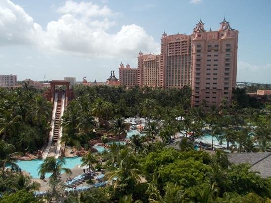 Atlantis, Royal Towers, Autograph Collection: On top of the power tower