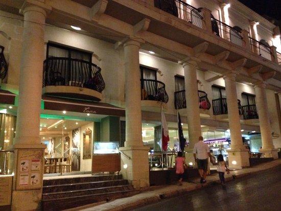 Solana Hotel: Esterno albergo