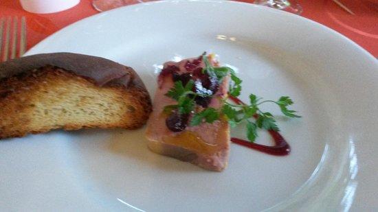 La table des oliviers : Le foie gras truffé aux bettraves