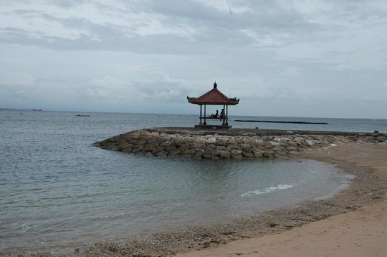 Grand Whiz Hotel Nusa Dua: Beach