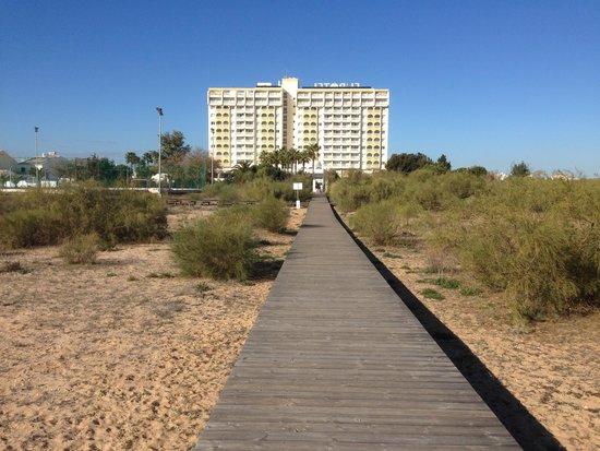 Eurotel Altura: Hotellet set fra stranden