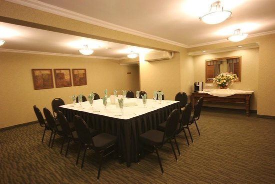 Accent Inn Vancouver Airport: Meeting & Conference Rooms