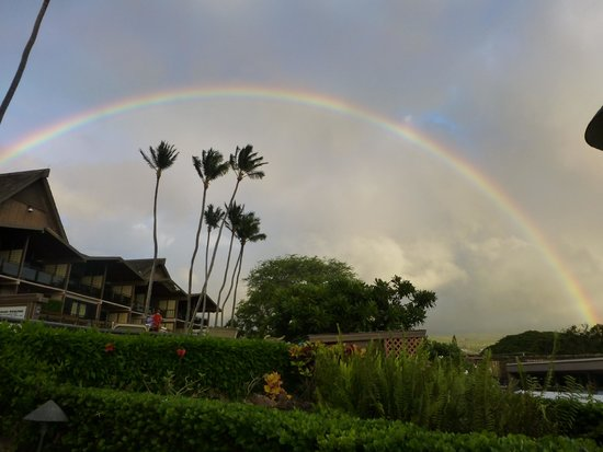 Napili Kai Beach Resort: Rainbow as seen from Napili Kai