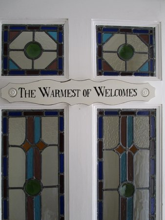 Old Temperance House: The Warmest of Welcomes