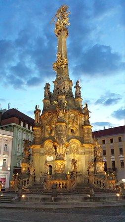 Holy Trinity Column: Colonna della Santissima Trinità