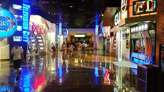 MGM Grand Hotel and Casino: the district