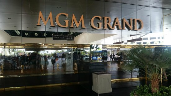 MGM Grand Hotel and Casino : entrance