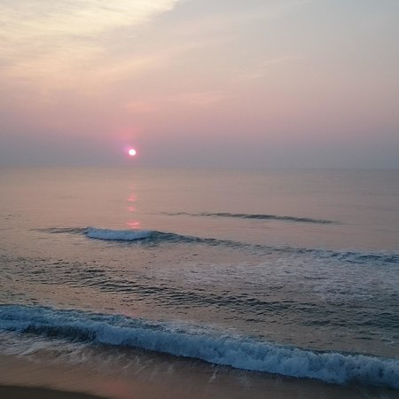 Cape Hatteras Motel: Sunrise