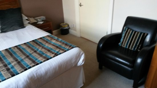 Kirklands Hotel: Bedroom View